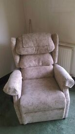 Electric rise and recline chair cost £800 8 months ago excellent condition