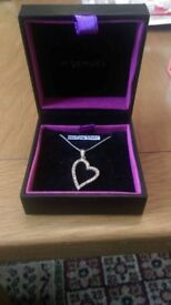 silver heart necklus brand new brought from h.samuel