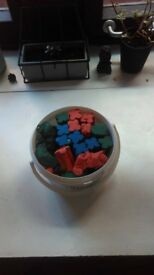3kg tub of multicolored Plasticine (modeling clay)