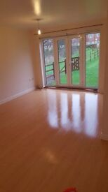 2bed ground floor appartment Canada Fields
