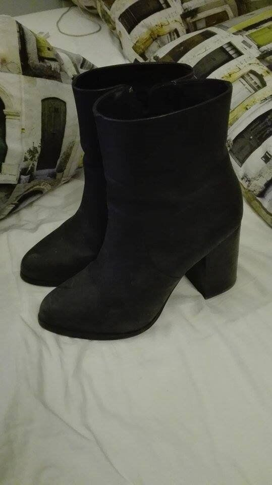 Beautiful & Other Stories Matte Black Leather Boots with Heels size 5