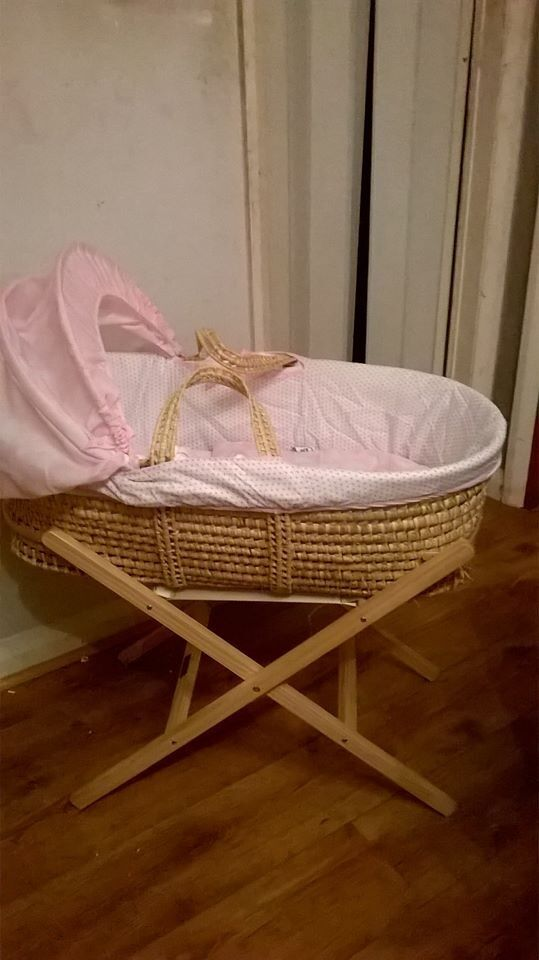 lovely pink and white moses basket complete with stand and baby bath ...