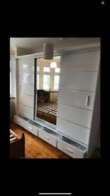 SALE CLEARANCE OFFER ON MOST TRENDY SLIDING DOOR WARDROBES CASH ON DELIVERY