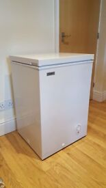 Chest Freezer / Perfect condition / Less than 1 year old
