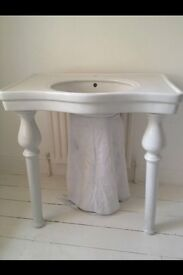 Victorian Sink With Victorian 2 legs