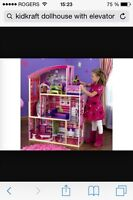 DOLL HOUSE / BARBIE HOUSE