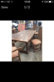 Oak table solid 4 chair 2 carvers