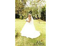 Stunning Ronald Joyce Wedding Dress, Ivory, Size 16/18