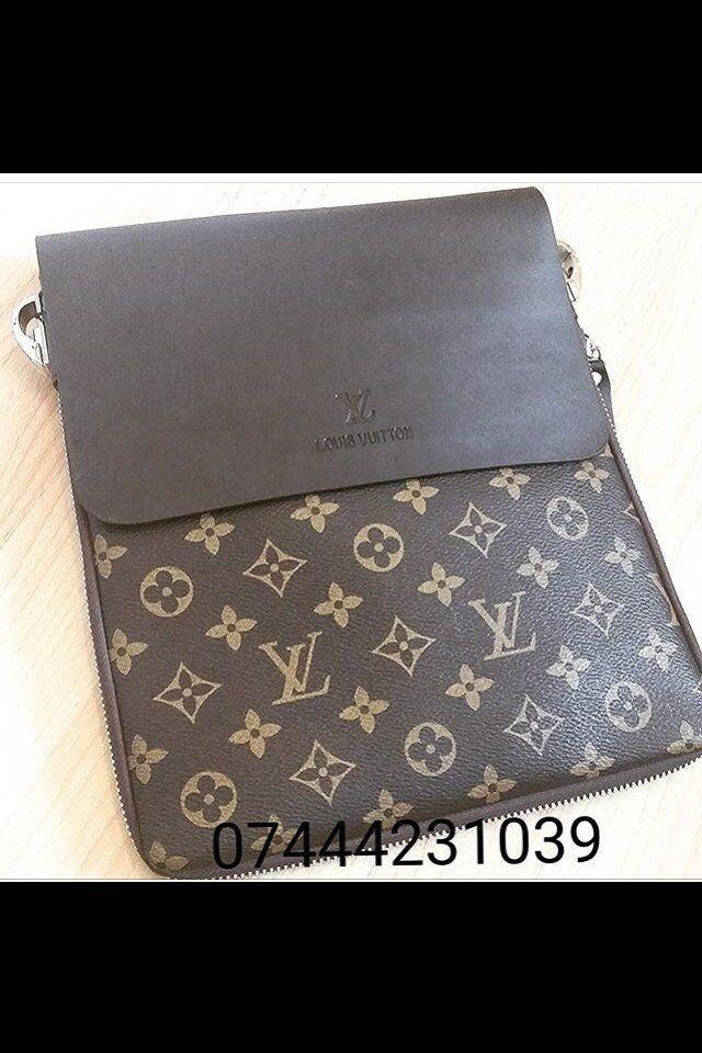 fe5a3d900a60 Mens Messenger Side Bag £30 Lv Pouch Louis Vuitton