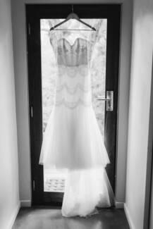 Ophelia Wedding Dress + Ovals Train - Karen Willis Holmes