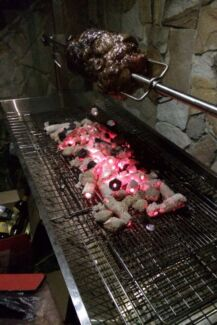 Spit roast for weekend hire Chermside Brisbane North East Preview