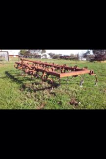massey ferguson scafier Young Young Area Preview