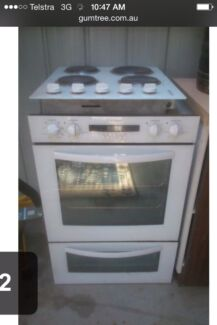Wall oven and bench cooktop  Old Beach Brighton Area Preview