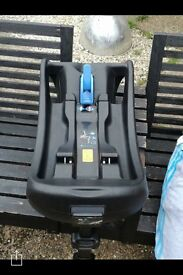Joie car seat base great condition
