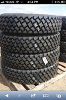 11 r 24.5 road lux Agg drive tread new
