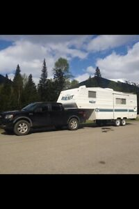 1998 Fifth wheel holiday trailer