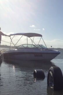 2007 Four Winns H180 Bowrider