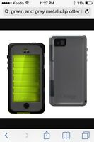 Iphone 4s Grey/Green Bulky Otter Box
