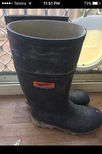Steel cap gum boots Merriwa Wanneroo Area Preview