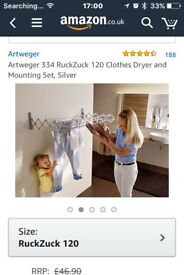 Wall mounted foldable clothes dryer
