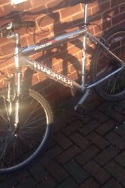 MENS PEDAL BIKE, FAST AND RELIABLE, FULLY WORKING READY TO RIDE AWAY, BARGAIN £60 ONO