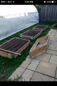 Raised bed garden box- fold for storage/ transport.