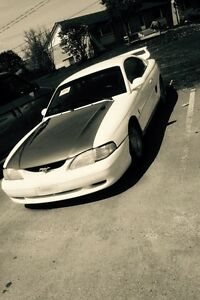 Looking for 95 mustang parts free or open to cash offers