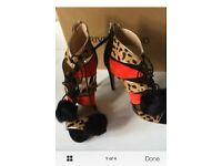 BNIB Ladies River Island Caged Heels & Pom Pom Tie Size 8