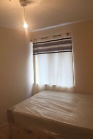 Lovely studios available now in Plaistow
