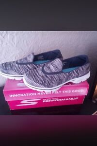 New sketchers size 7