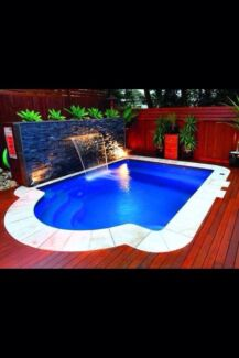 Universal Pools & Spas / Services From $39.95 Varsity Lakes Gold Coast South Preview