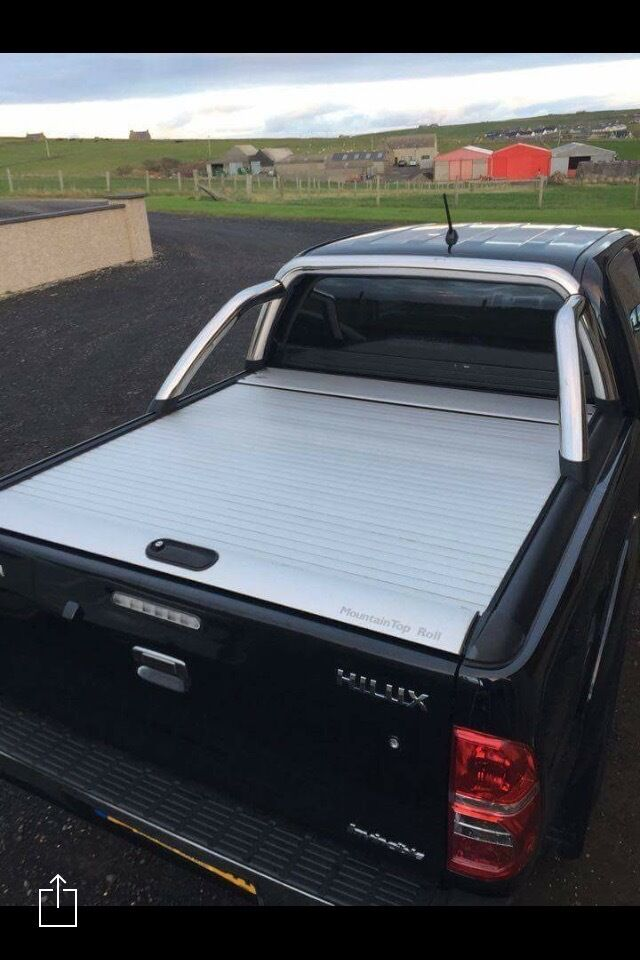 Mountain roll top canopy toyota hilux