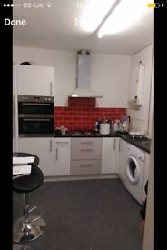 Room to rent in merstham