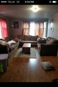 Couch set forsale