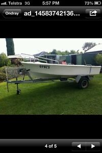 BARGAIN !! boat and trailer Dover Gardens Marion Area Preview
