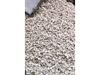 1t 2t 3T 10t OF COTSWOLD CREAM CHIPPINGS /DELIVERED IN DONCASTER/CALL FOR DETAILS 1 good