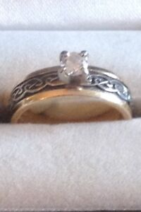 Ladies Celtic engagement ring and matching wedding band