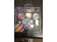fashion nail glitter set..