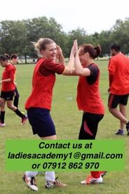 BEGINNERS ACADEMY FOR LADIES WOMENS FOOTBALL SOCCER/SOCIAL/FITNESS/MIDWEEK/FUN/FUTSAL/PLAYER/LONDON