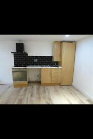 Studio Flat to Let in Lockwood-Newly refurbished