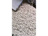 1t 2t 3T 10t OF COTSWOLD CREAM CHIPPINGS /GRAVEL/DONCASTER/CALL FOR DETAILS 1-10t loads good