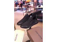 Louis Vuitton NEW size 43