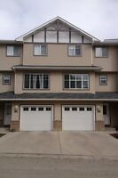 Okotoks - 3 bedroom townhouse