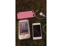 iPod touch 32gb boxed