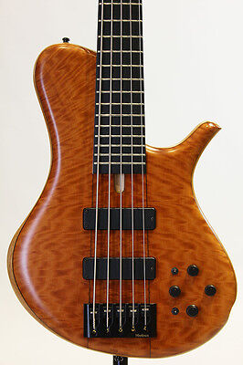 Marleaux M-Bass 2012, 5 strings electric bass, a1223