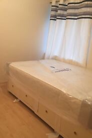 Great studio flat available now in Plaistow