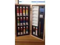 WATERCOLOUR PAINT KIT NEVER USED £10