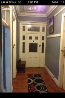 Room for rent in nice 5 bedroom brick house $185 per week (freewifi)