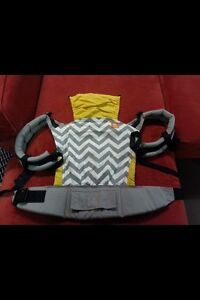 Standard Grey Zig Zag Tula Carrier