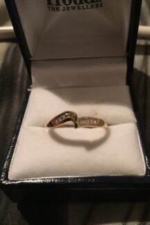 PRINCESS CUT18C GOLD AND 0.50CTD DIAMOND BRIDAL SET! BRAND NEW!!! Greta Cessnock Area Preview